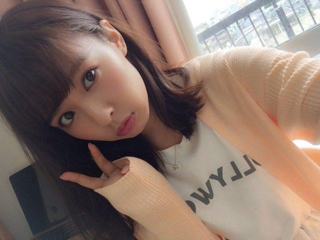 山田菜々 2nd写真集、8/10発売決定!予約開始!