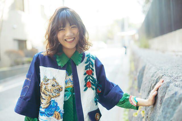 """宮澤佐江の連載""""ミラチャイ""""が書籍化!「これさえあれば。」4/8発売! <SNH48移籍・AKB48卒業・現在に至る""""成長記録"""">"""