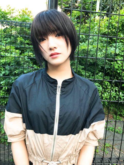 AKB48岡田奈々「久々に黒髪にしました」