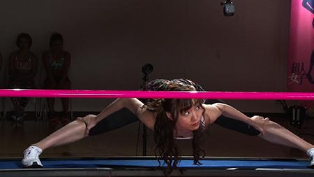 SKE48須田亜香里「超人女子」超人軟体女子!開脚して人類の低さの限界に挑む! [6/21 25:31~]