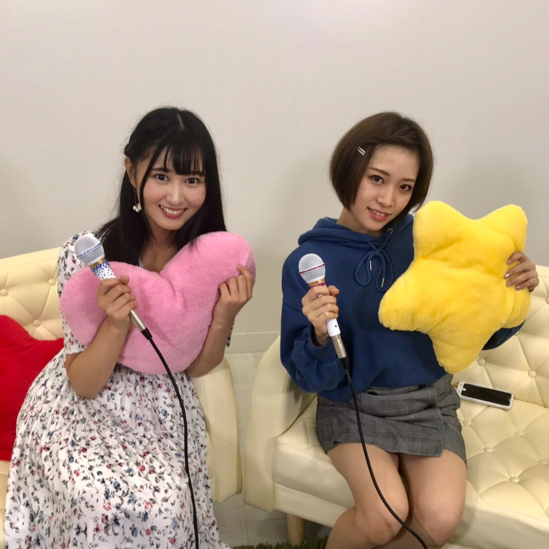 AKB48野澤玲奈・市川愛美「猫舌SHOWROOM」オフショット