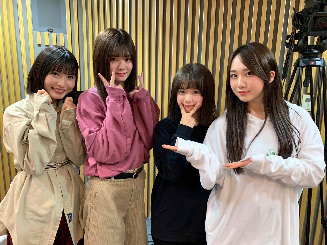 AKB48高橋朱里・福岡聖菜・倉野尾成美・中野郁海「AKB48のオールナイトニッポン」オフショット