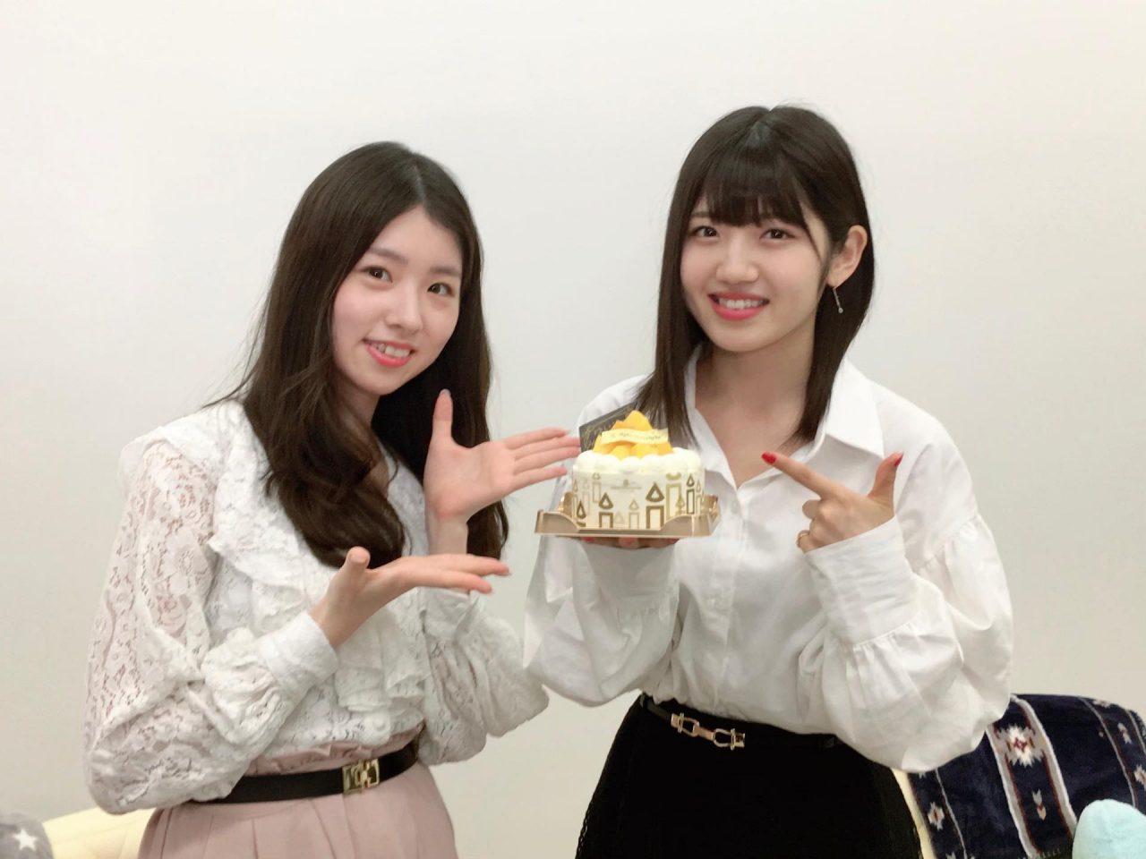 AKB48 村山彩希&岩立沙穂、配信オフショット「猫舌SHOWROOM 指カラ」 他