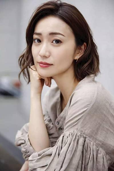 大島優子、31歳の誕生日! [1988年10月17日生まれ]