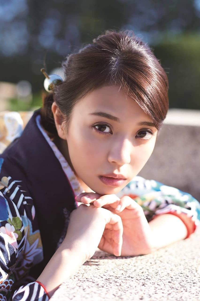 NGT48 本間日陽、STU48 今村美月ほか、新成人10人が晴れ着姿を披露!「20±SWEET 2020 JANUARY」12/26発売!