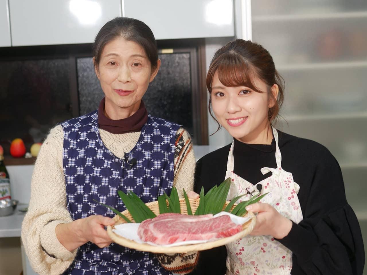 """AKB48 清水麻璃亜がとちぎ和牛を使った料理を紹介「イブ6+ """"シミズキッチンTV""""」"""