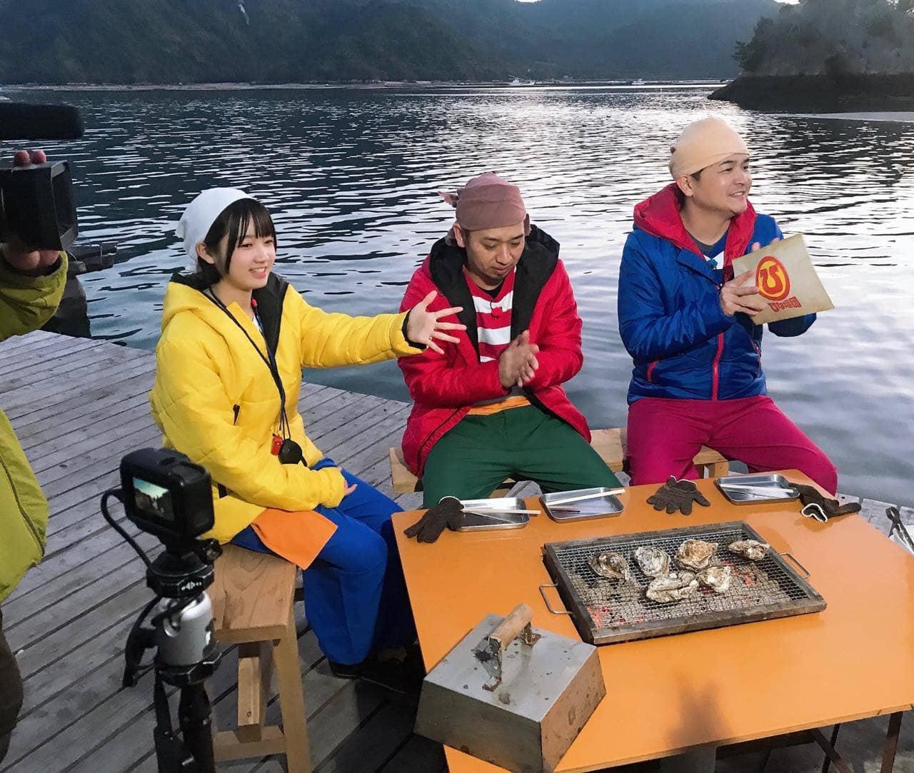 STU48 甲斐心愛が「街頭TV 出没!ひな壇団」に出演、新企画!手作りMAPで千鳥をガイド!