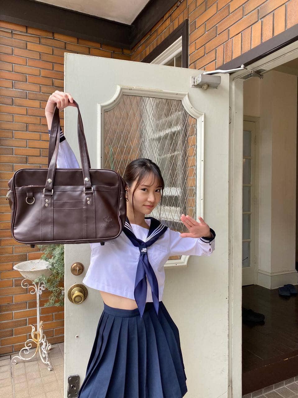 永尾まりや、セーラー服グラビア掲載!ずぶ濡れSKE48は青海ひな乃!「週刊SPA!」本日6/23発売!