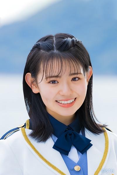 STU48 峯吉愛梨沙、17歳の誕生日
